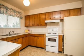 Photo 11: 2418 WARRENTON Avenue in Coquitlam: Central Coquitlam House for sale : MLS®# R2537280