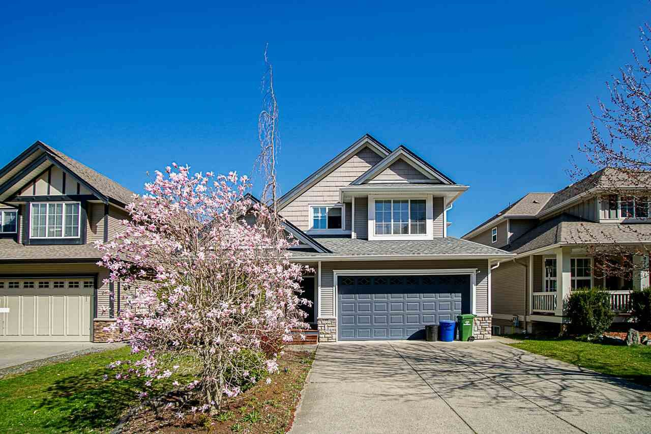 Main Photo: 47125 PEREGRINE Avenue in Chilliwack: Promontory House for sale (Sardis)  : MLS®# R2569779