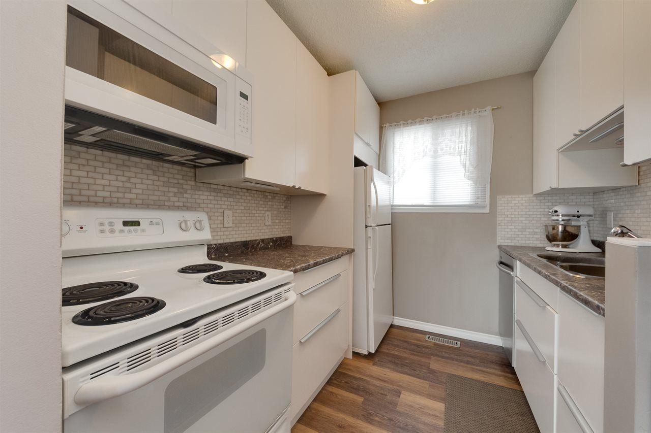 Main Photo: 11474 139 Avenue in Edmonton: Zone 27 Townhouse for sale : MLS®# E4237420