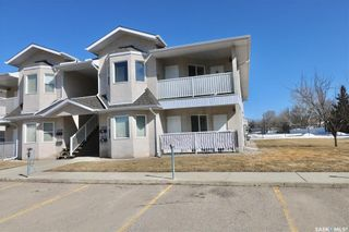 Photo 2: 1033 BIRCHWOOD Place in Regina: Whitmore Park Residential for sale : MLS®# SK845834
