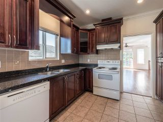 Photo 12: 10 WARWICK Avenue in Burnaby: Capitol Hill BN House for sale (Burnaby North)  : MLS®# R2603486