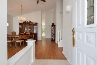 """Photo 4: 122 9012 WALNUT GROVE Drive in Langley: Walnut Grove Townhouse for sale in """"QUEEN ANNE GREEN"""" : MLS®# R2584394"""
