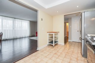 Photo 7: 210 150 West Wilson Street in Ancaster: House for sale : MLS®# H4046463