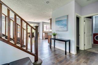Photo 4: 22 ELGIN ESTATES Grove SE in Calgary: McKenzie Towne Detached for sale : MLS®# A1019563