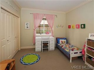 Photo 14: 5 2310 Wark St in VICTORIA: Vi Central Park Row/Townhouse for sale (Victoria)  : MLS®# 567630