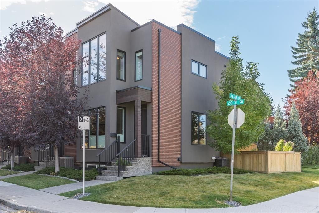 Main Photo: 3703 20 Street SW in Calgary: Altadore Row/Townhouse for sale : MLS®# A1060948