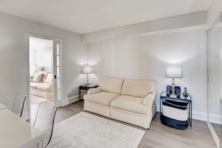 Photo 16: 912 268 Ridley Boulevard in Toronto: Bedford Park-Nortown Condo for sale (Toronto C04)  : MLS®# C4674412