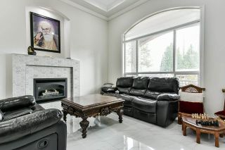 Photo 4: 14565 82A Avenue in Surrey: Bear Creek Green Timbers House for sale : MLS®# R2575978