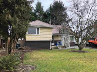 Photo 1: 27153 34 Avenue: House for sale in Langley: MLS®# R2577651