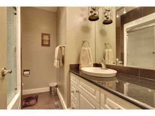 Photo 10: 439 PARKVIEW Crescent SE in Calgary: Bungalow for sale : MLS®# C3526414