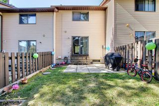 Photo 35: 58 380 BERMUDA Drive NW in Calgary: Beddington Heights Row/Townhouse for sale : MLS®# A1026855