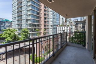 """Photo 14: 603 969 RICHARDS Street in Vancouver: Downtown VW Condo for sale in """"Mondrian"""" (Vancouver West)  : MLS®# R2074580"""