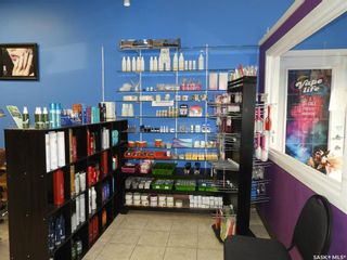 Photo 2: 40 220 Betts Avenue in Saskatoon: Blairmore Commercial for sale : MLS®# SK855118