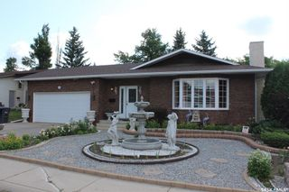 Photo 1: 410 Ball Way in Saskatoon: Silverwood Heights Residential for sale : MLS®# SK862758