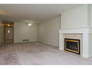 """Photo 5: 60 8889 212 Street in Langley: Walnut Grove Townhouse for sale in """"GARDEN TERRACE"""" : MLS®# R2213745"""
