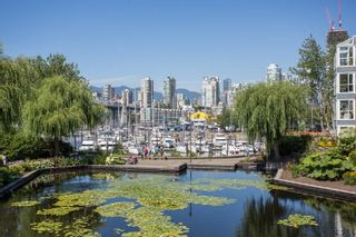 Photo 19: 1523 MARINER WALK in Vancouver: False Creek Townhouse for sale (Vancouver West)  : MLS®# R2367455