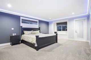 """Photo 17: 28 4295 OLD CLAYBURN Road in Abbotsford: Abbotsford East House for sale in """"Sunspring Estates"""" : MLS®# R2509066"""