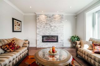 """Photo 14: 1551 ARCHIBALD Road: White Rock House for sale in """"West White Rock"""" (South Surrey White Rock)  : MLS®# R2584114"""