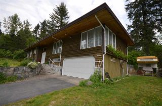 """Photo 2: 1511 COAST MERIDIAN Road in Coquitlam: Burke Mountain House for sale in """"BURKE MOUNTAIN"""" : MLS®# R2062167"""