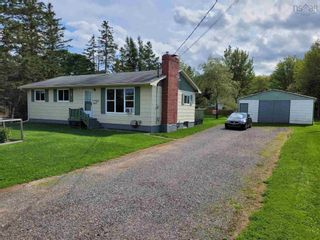 Photo 2: 37 William Street in Salmon River: 104-Truro/Bible Hill/Brookfield Residential for sale (Northern Region)  : MLS®# 202123565