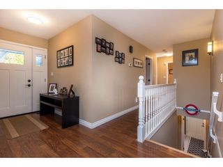 Photo 3: 35743 TIMBERLANE Drive in Abbotsford: Abbotsford East House for sale : MLS®# R2530088