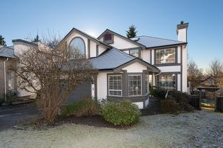 Photo 1: 5 Cedarwood Court in Heritage Woods: Home for sale