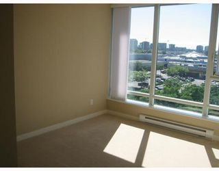 """Photo 6: 901 5088 KWANTLEN Street in Richmond: Brighouse Condo for sale in """"SEASONS TOWER"""" : MLS®# V659426"""