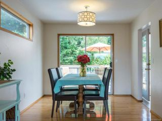 Photo 5: 2070 GULL Avenue in COMOX: CV Comox (Town of) House for sale (Comox Valley)  : MLS®# 817465