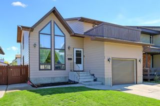 Main Photo: 4732 60 Street NE in Calgary: Temple Detached for sale : MLS®# A1147324