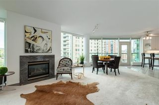 Photo 7: 604 837 2 Avenue SW in Calgary: Eau Claire Apartment for sale : MLS®# C4268169