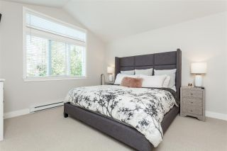 """Photo 10: 6007 164 Street in Surrey: Cloverdale BC House for sale in """"Vistas West"""" (Cloverdale)  : MLS®# R2415621"""
