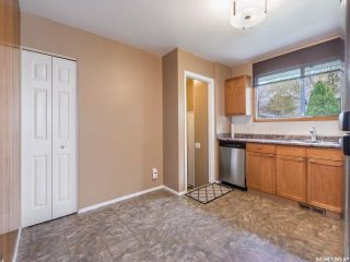 Photo 4: 1627 Vickies Avenue in Saskatoon: Forest Grove Residential for sale : MLS®# SK788003