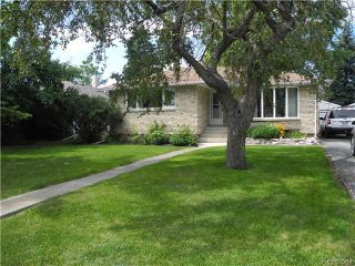 Photo 1: 133 Marshall Crescent in Winnipeg: West Fort Garry Residential for sale (1Jw)  : MLS®# 1621433
