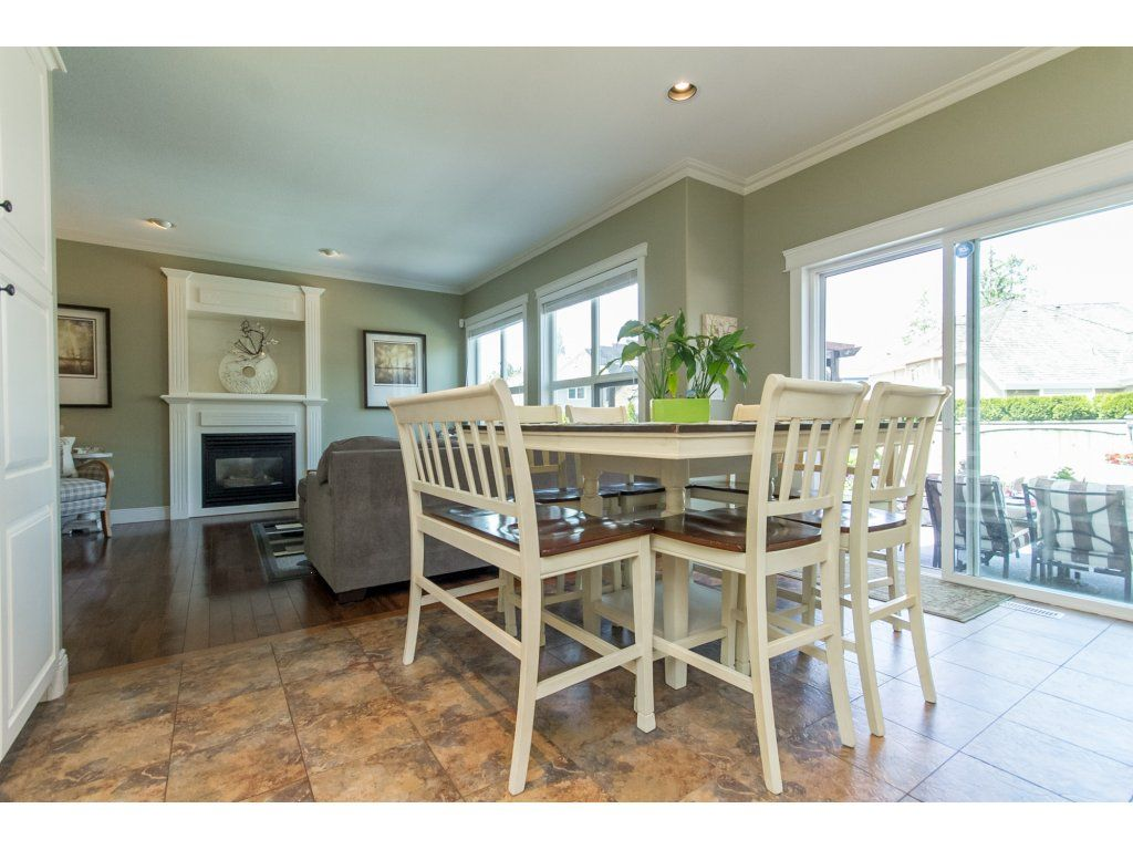 "Photo 19: Photos: 21113 44A Avenue in Langley: Brookswood Langley House for sale in ""CEDAR RIDGE"" : MLS®# R2173937"