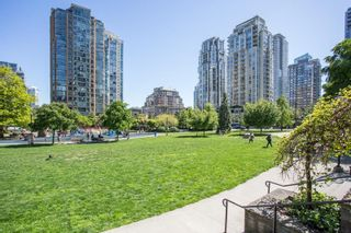 """Photo 22: 607 1155 SEYMOUR Street in Vancouver: Downtown VW Condo for sale in """"The Brava"""" (Vancouver West)  : MLS®# R2581521"""