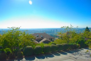 """Photo 10: 112 2979 PANORAMA Drive in Coquitlam: Westwood Plateau Townhouse for sale in """"DEERCREST"""" : MLS®# R2109374"""