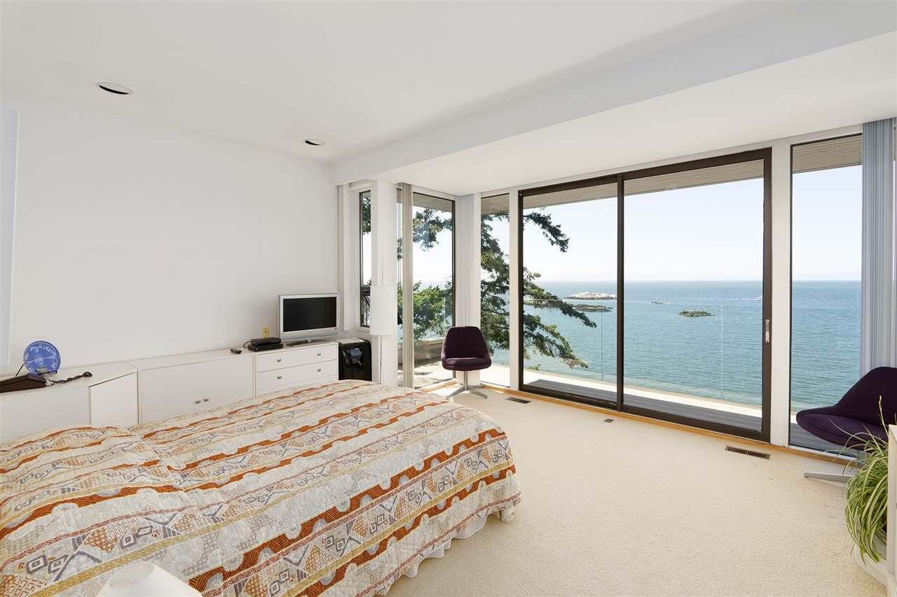 Photo 33: Photos: 5235 GULF Place in West Vancouver: Caulfeild House for sale : MLS®# R2498528
