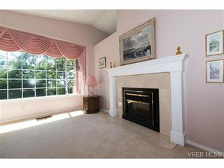 Photo 9: 25 901 Kentwood Lane in VICTORIA: SE Broadmead Row/Townhouse for sale (Saanich East)  : MLS®# 738052