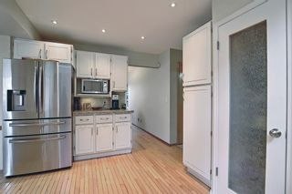 Photo 11: 824 Shawnee Drive SW in Calgary: Shawnee Slopes Detached for sale : MLS®# A1083825