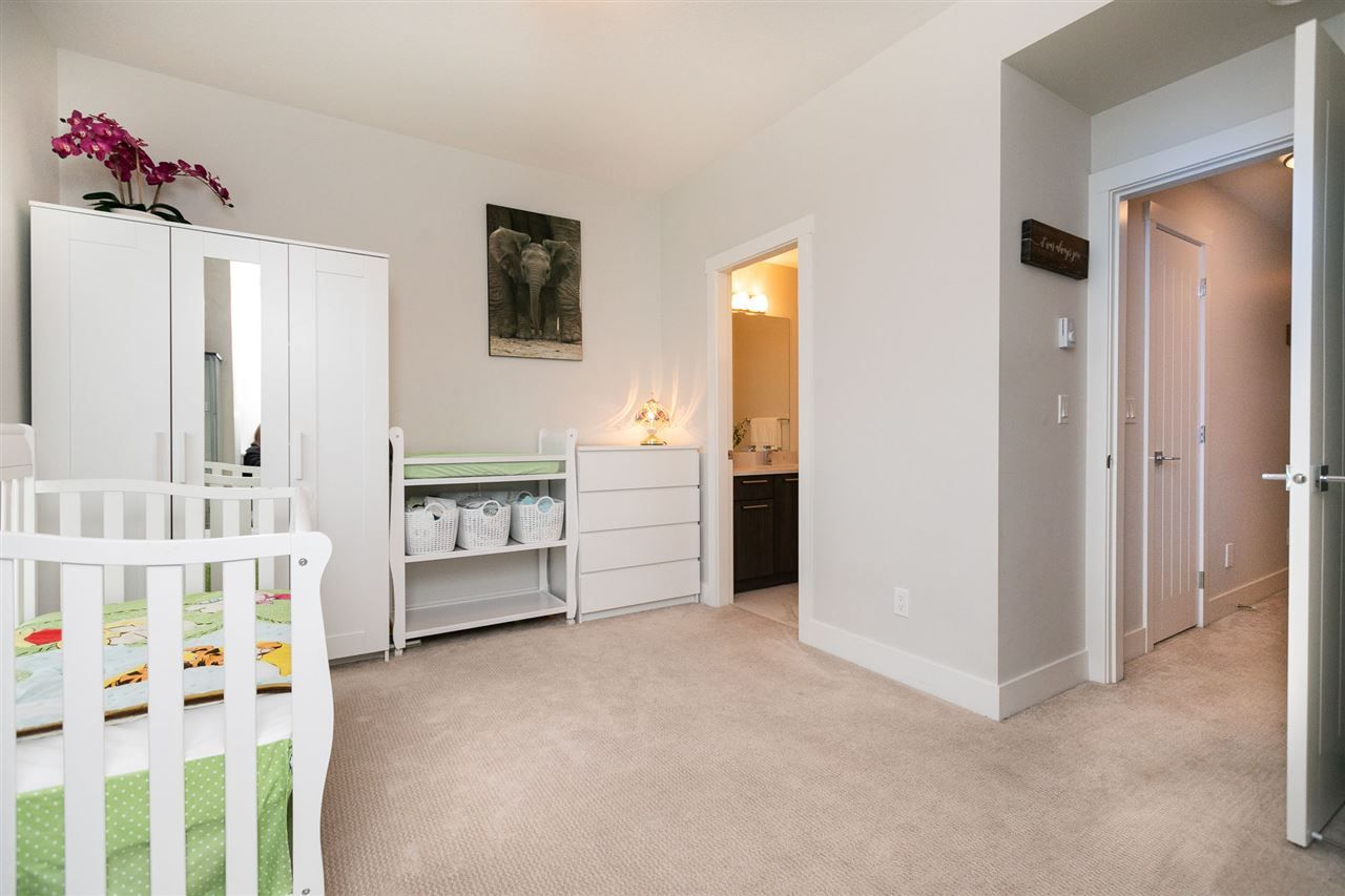 """Photo 17: Photos: 13 16315 23A Avenue in Surrey: Grandview Surrey Townhouse for sale in """"SOHO"""" (South Surrey White Rock)  : MLS®# R2430685"""
