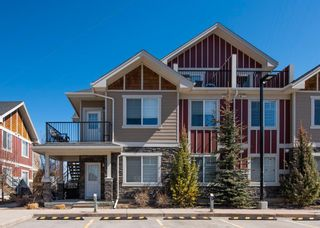 Main Photo: 1 35 West Coach Manor SW in Calgary: West Springs Row/Townhouse for sale : MLS®# A1096974