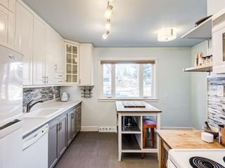 Photo 8: 22 Chancellor Way NW in Calgary: Cambrian Heights Detached for sale : MLS®# A1100498