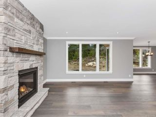 Photo 7: 2804 Meadowview Rd in SHAWNIGAN LAKE: ML Shawnigan House for sale (Malahat & Area)  : MLS®# 828978