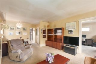 """Photo 6: 8221 CARTIER Street in Vancouver: Marpole House for sale in """"Marpole Village"""" (Vancouver West)  : MLS®# R2454201"""