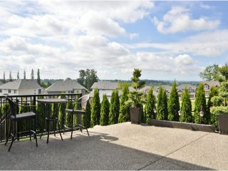 """Photo 9: 16926 78A Avenue in Surrey: Fleetwood Tynehead House for sale in """"The Links"""" : MLS®# F1313078"""