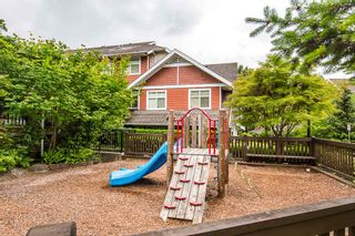 """Photo 17: 2 6878 SOUTHPOINT Drive in Burnaby: South Slope Townhouse for sale in """"CORTINA"""" (Burnaby South)  : MLS®# R2071594"""