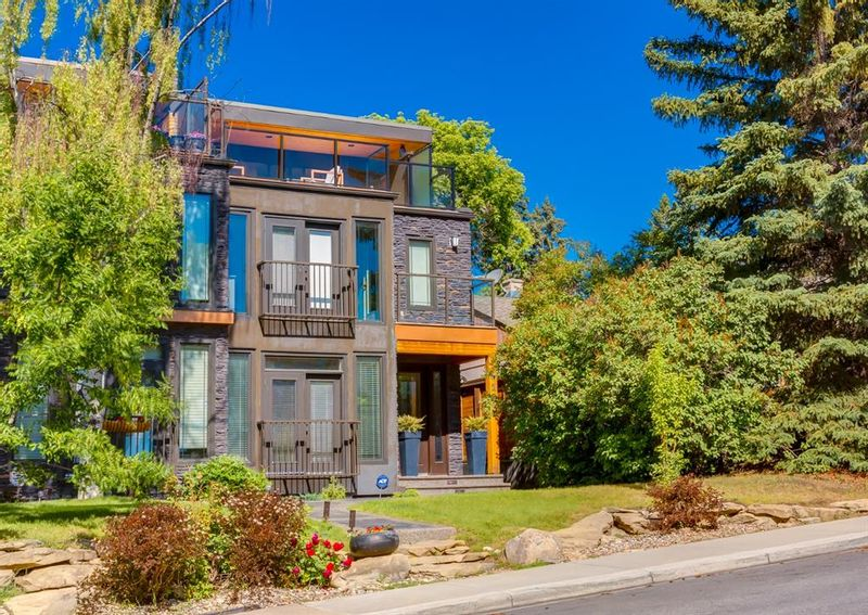 FEATURED LISTING: 4123 17 Street Southwest Calgary