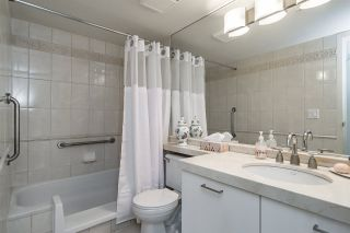 """Photo 13: 1803 1331 W GEORGIA Street in Vancouver: Coal Harbour Condo for sale in """"THE POINTE"""" (Vancouver West)  : MLS®# R2073333"""