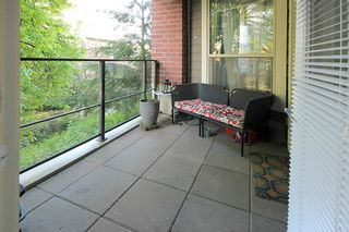 """Photo 15: 105 285 ROSS Drive in New Westminster: Fraserview NW Condo for sale in """"THE GROVE AT VICTORIA HILL"""" : MLS®# R2161578"""