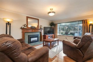 Photo 3: 21101 119 Avenue in Maple Ridge: Southwest Maple Ridge House for sale : MLS®# R2133994